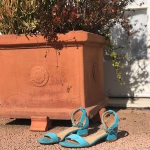 Suede Talbots Ankle- Strap Sandals in Aqua, Sz 7.5